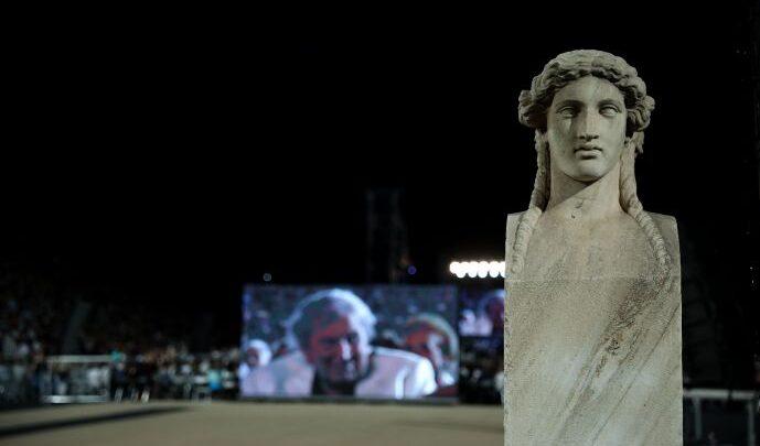 Ο Μίκης Θεοδωράκης ήταν σπουδαίος γιατί ήταν Έλληνας