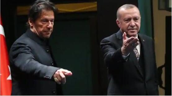 Ο Ερντογάν, της Τουρκίας, κυνηγώντας το οθωμανικό όνειρο, αναστατώνει τη γεωπολιτική σκακιέρα στη Δυτική Ασία