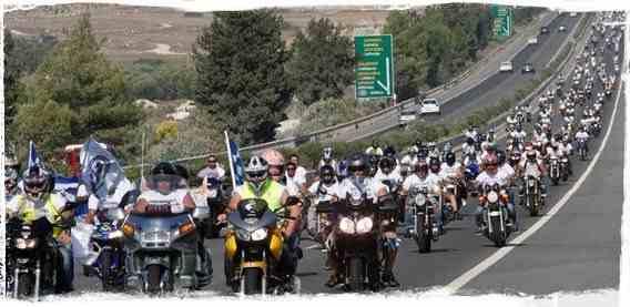 Τάσος Ισαάκ – Σολωμός Σολωμού: Το Χρονικό της πορείας των μοτοσικλετιστών
